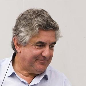 César Ruiz-Larrea
